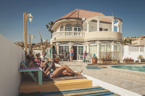 Beverly Hills Pool Surfcamp La Pared Fuerteventura